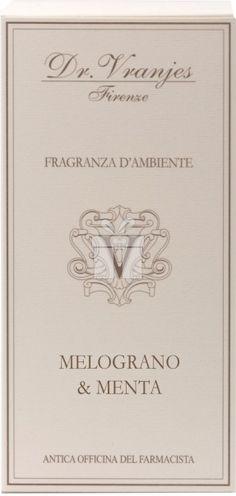 Cutie cadou Dr. Vranjes Melograno e Menta. Parfumuri de camera cu personalitate pentru oricine doreste sa se resfete cu mirosuri deosebite ale celui mai cunoscut producator la nivel mondial.