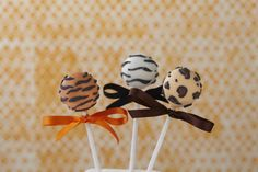 #CakeDecorating Jungle Animal #CakePops Monkey, Lion and Zebra Fun for the kids! And adults too! ;-) #Issue31