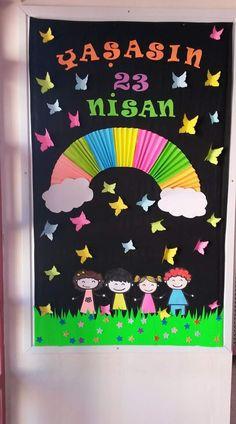 İyi tatiller panosu - MyKingList.com Kindergarten Classroom Door, Space Classroom, Classroom Charts, Classroom Decor, Easy Diy Crafts, Diy Arts And Crafts, Bird Crafts, Paper Crafts, Diy For Kids