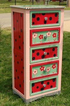 Ladybug Picnic by madteapartyfurniture, via Flickr