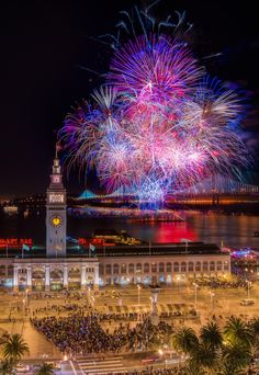 San Francisco New year's fireworks 2014. Happy new year!