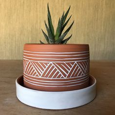 Terracotta Planter - Plant Pot - Carved Geometric Pattern - Pottery by Osa - Mo. Terracotta Planter – Plant Pot – Carved Geometric Pattern – Pottery by Osa – Modern – Ethnic -Mini Terracotta Plant Pots, Painted Plant Pots, Painted Flower Pots, Ceramic Plant Pots, Clay Pots, Pottery Pots, Pottery Barn, Pottery Patterns, Pottery Painting Designs