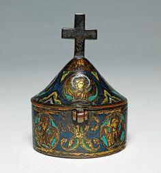 Enamelled pyx. Limoges 1200s