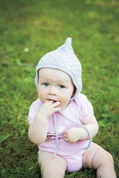 Lattice Bonnet - Knitting Patterns and Crochet Patterns from KnitPicks.com