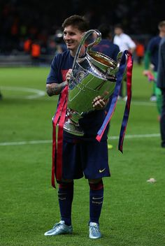 Watch more than worldwide channels for cheap price Messi 2015, Cr7 Messi, Messi And Ronaldo, Cristiano Ronaldo, Ronaldo Real, Uefa Champions League, Barcelona Champions League, Lionel Messi Barcelona, Barcelona Soccer