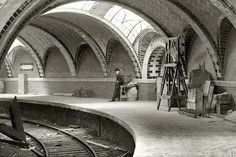 Construction began on the beautiful City Hall Subway Station in NYC, during America's Gilded Age - March 24th, c.1900. The vaulted arched tiles photographed here were designed by, Spanish architect and builder: Rafael Guastavino, (1842-1908) ~ {cwlyons} - (Image: LESNYC)