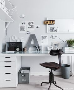 monochrome work space