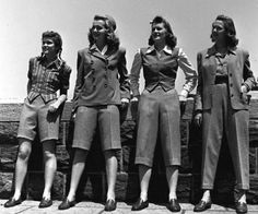 Girls of the 1940's. ♥