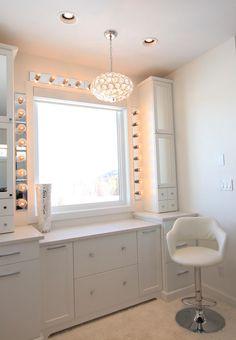 Pinterest:KIANIA makeup vanity