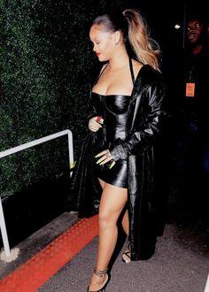 Rihanna Street Style, Mode Rihanna, Rihanna Riri, Rihanna Outfits, Fashion Outfits, Looks Rihanna, Fashion Photo, Fashion Looks, Best Friend Outfits
