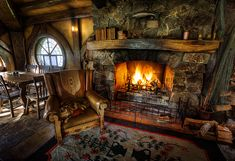 gorgeous rustic living rooms with charming stone fireplace 9 > Fieltro. Storybook Homes, Storybook Cottage, Cabin Homes, Log Homes, Bg Design, House Design, Casa Dos Hobbits, Fairytale Cottage, Fairytale Home Decor