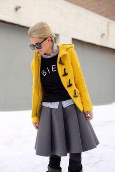 秋冬の定番アウター「ダッフルコート」を大人可愛く着こなそう - NAVER まとめ