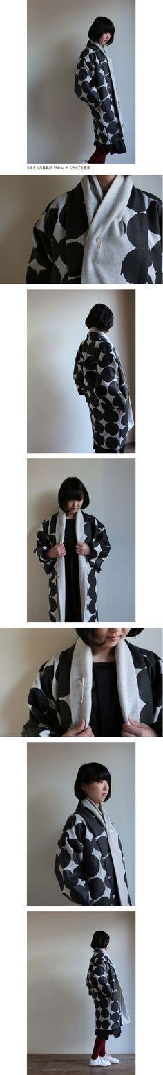 御御衣 長丈(おみごろも ながたけ)/おはじき大 灰白(はいしろ)×漆黒(しっこく) - SOU・SOU netshop (ソウソウ) - 日本の伝統の軸線上にあるモダンデザインをコンセプトにオリジナルテキスタイルを作成し、地下足袋や和服、子供服、作務衣、ルコックとのコラボレート商品、家具等を製作、販売する京都のブランド