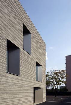 The Romain Rolland Elementary School  / Babled Nouvet Reynaud Architectes