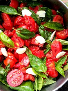 """pomarola"": Tuscan tomato sauce recipe"