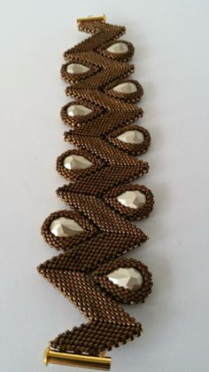 DamnedHalo's Beading Babble: Golden Chocolate Rick Rack Bracelet