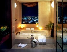 World's Best Hotel Bathroom Views