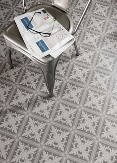 Tarkett Trend 200 - Tarkett Istanbul Mid Grey, but only seems to be available in the nordics