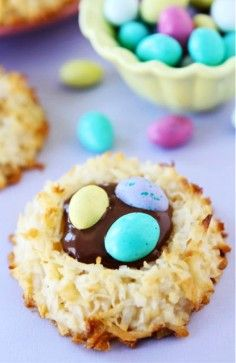 Easter Nest cookies, Easter Nest Sugar Cookie Ideas, DIY Easter candy inspiration, Personalized Easter food ideas