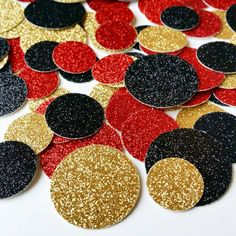 SAVE 15% WHEN YOU PURCHASE 200 PCS OR MORE OF CONFETTI Reg. Price (200) $9.98 (500) $24.95 (1000) $45.95 Add a touch of glitter to the tables at your next event with this glitter circle confetti! Size: 5/8, 3/4 and 1 Color: Gold, Black and Red IMPORTANT: The gold glitter is printed on one side only and the backside is white. **By purchasing this item means you have read and agreed to our shop policies.