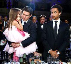 Suri and Connor Cruise | Suri Cruise em premiação com o pai