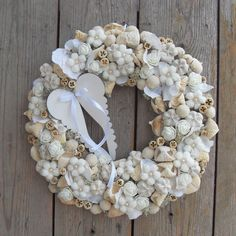 Christmas Advent Wreath, Christmas 2016, Holiday Wreaths, Christmas Decorations, Xmas, Summer Crafts, Diy And Crafts, Door Wreaths, Burlap Wreath