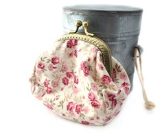 Porte-monnaie en coton imprimé petites roses : Porte-monnaie, portefeuilles par lin-temporelle