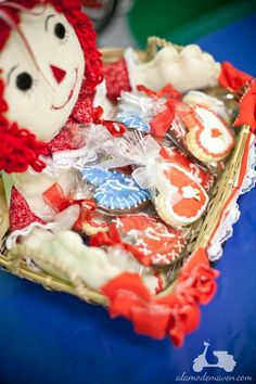 Raggedy Ann cookie basket