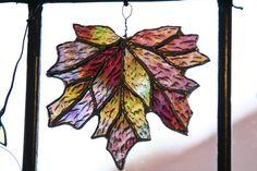 Chiaki's work: Stained Glass Leaf-Autumn purple 1
