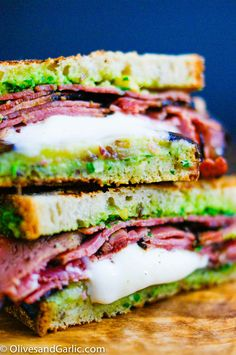 Pastrami Sandwiches For The Ages Panini Recipes, Lunch Recipes, Beef Recipes, Whole Food Recipes, Cooking Recipes, Sandwich Day, Pastrami Sandwich, Pastrami Meat, Ideas Sándwich