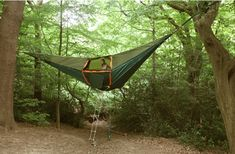 Tent-hammock holds up to 8 people