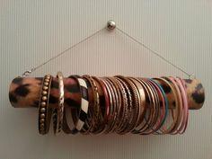 Les folies de Lucja: DIY...le porte bracelet