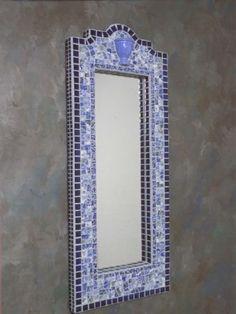 mosaic by georgiatnt Blue Mosaic, Mosaic Diy, Mosaic Crafts, Mosaic Projects, Mosaic Tiles, Mirror Mosaic, Mosaic Glass, Stained Glass, Glass Art