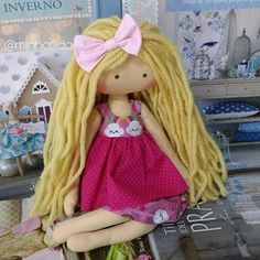Hoje minha filha Ana Júlia me pediu uma boneca que não fosse tilda (ela já tem 3 ) atendendo seu pedido nasceu Jujuba em sua homenagem ❤️ #bonecanova #bonecajujuba #feitocomamor