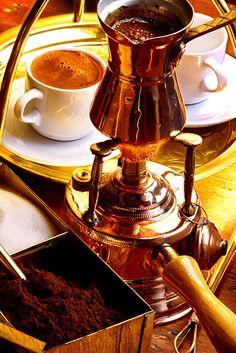 blueskyintheclouds ✿ ❤ Turkish coffee and coffee pot ☕ ☕ I Love Coffee, Coffee Break, Morning Coffee, Coffee Cafe, Coffee Drinks, Coffee Shop, Coffee Lovers, V60 Coffee, Iced Coffee