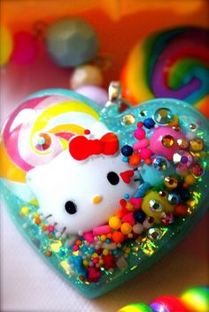 Hello Kitty in Candy Land Couture - Glitter and Candy Resin Sprinkles Necklace - Kitsch Kawaii Hello Kitty Jewelry, Hello Kitty Items, Resin Jewelry, Resin Necklace, Necklace Charm, Pearl Necklace, Jewellery, Biscuit, Wonderful Day