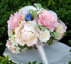 Paper Bouquet - Paper Flower Bouquet - Wedding Bouquet - Country Garden Pink - Shabby Chic Bouquet - Blush and Ivory Custom Made - Any Color Flower Bouquet Wedding, Bridesmaid Bouquet, Flower Bouquets, Ball Hairstyles, Paper Bouquet, Table Arrangements, Flower Making, Reception Decorations, Maid Of Honor