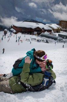 Snowboarding Engagement.... Awwwwww... Perfect!