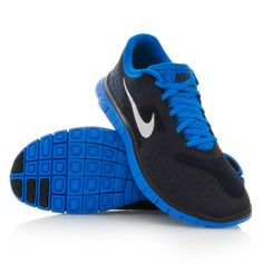 Even though these are Men's shoes, I still like the blue :P