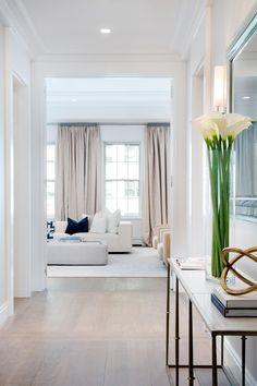 World renowned architects Jacques Grange and Barry Rice have collaborated to create exclusive residences for the most sophisticated of buyers. Located between Park and Madison Avenues on 72nd Street, 40 East 72nd Street is a classic, luxury Condominium. In one of the World's finest neighborhoods, near galleries, museums, boutiques, restaurants and schools, this elegant Pre-War building, designed by Schwartz and Gross in 1928, has been completely transformed. Except for the landmarked facade…