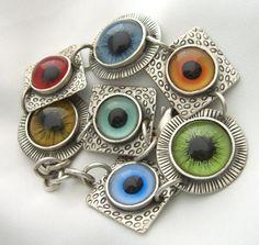 Eyeballs Link Bracelet.  Realistic Eyes.  by BuyVintageJewelry