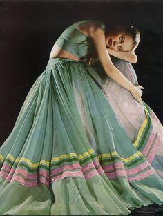 Grès (Germaine Krebs) 1947 Vestido de Noite, Fotografia de Moda