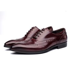 63.75$  Buy here - http://alinh5.shopchina.info/go.php?t=32678965250 - 2017 New Men's Genuine Leather Shoes Derby Brogue Cow Leather Trendy Wedding Dress Business Shoes Rubber Sole Pointed Toe  #magazineonlinebeautiful