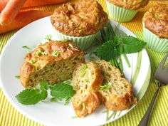 Zucchini, spinach and ham muffins