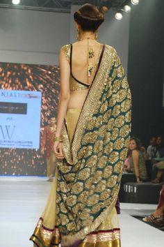 "beautifulindianbrides: "" Saree by:Shymal&Bhumika "" Indian Attire, Indian Wear, Indian Outfits, Indian Clothes, India Fashion, Ethnic Fashion, Asian Fashion, Women's Fashion, Indian Blouse"