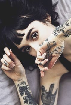 Hannah Snowdon; she's so pretty and talented wow wow wow oli is so lucky