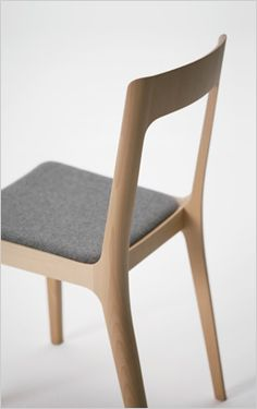 marcel breuer molded plywood stacking chairs for isokon 1936