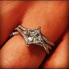 Thats what I want, a princess cut turned sideways!!!