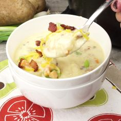 Loaded Potato Soup recipe is packed with tender chunks of potatoes, veggies, bacon and cheeeese! Perfect warm and cozy comfort food for a chilly day! Potato soup is super creamy, and loaded with all your favorites. Irish Potato Soup, Cheesy Potato Soup, Loaded Potato Soup, Potato Soup With Bacon, Old Fashioned Potato Soup, Corn Soup, Loaded Baked Potatoes, Tasty Videos, Stuffed Peppers