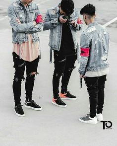 Royal Fashionsit is the best Men's Fashion Guide. Here you will find the latest trends on men's style. Get inspired with these outfits and leave your comment below. Mode Streetwear, Streetwear Fashion, Men Street, Street Wear, Moda Indie, Outfits Hipster, Urban Fashion, Mens Fashion, Fashion Guide